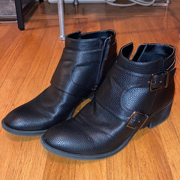 """Reaction Kenneth Cole """"Re-Belle"""" bootie"""